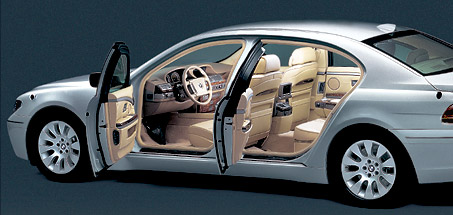 CoolGamesWorld_BMW_High_Security_Armoured_Doors_James_Bond_Car
